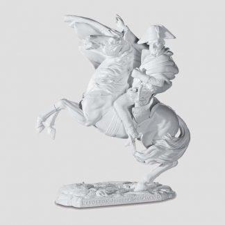 Statuette Napoléon à cheval de couleur blanche d'après une peinture de Jacques-Louis David